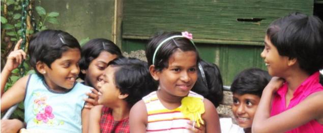 jeunes filles orphelinat Apeksha Vijitha au Sri Lanka